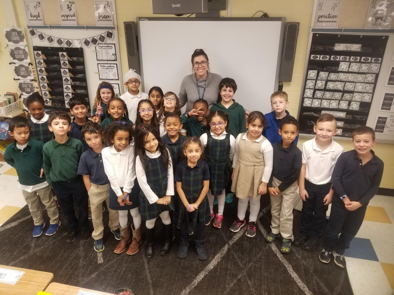Image of Ms. Hollis and class
